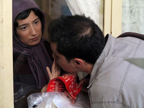 شهاب حسینی و نگار جواهریان در نمایی از فیلم