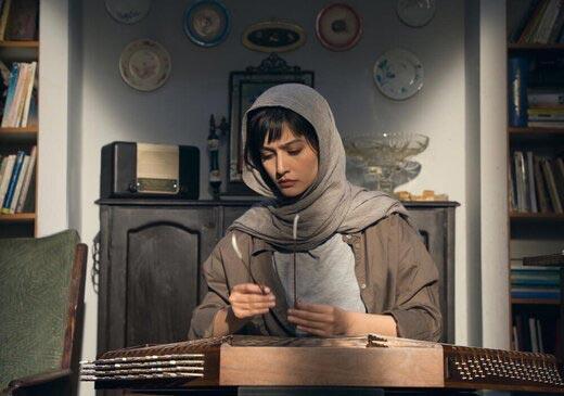 پردیس احمدیه در نمایی از فیلم «لامینور» ساخته داریوش مهرجویی
