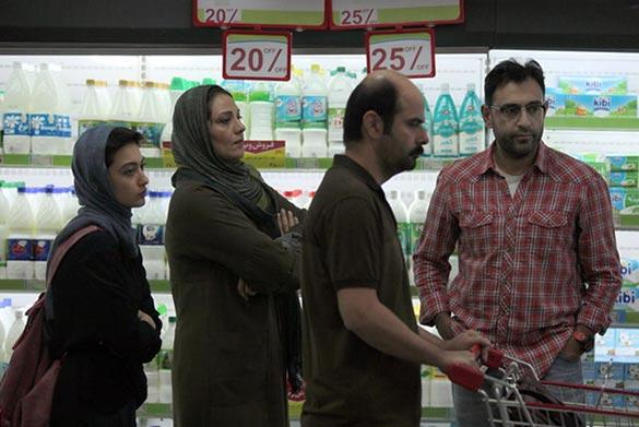 علی مصفا و شبنم مقدمی در نمایی از فیلم سینمایی