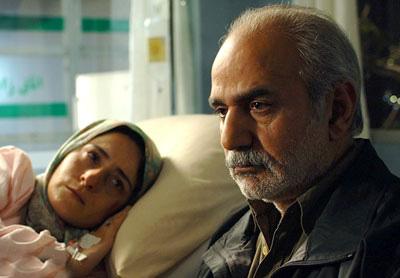 پرویز پرستویی و سهیلا گلستانی در نمایی از فیلم