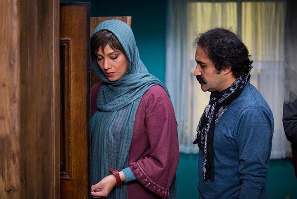 افشین هاشمی و شبنم مقدمی در نمایی از فیلم سینمایی