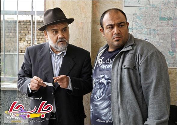 مهران غفوریان و اکبر عبدی در نمایی از فیلم