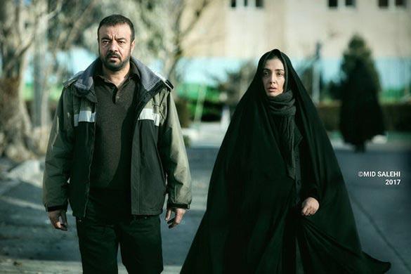 سعید آقاخانی و لیلا زارع در نمایی از فیلم سینمایی