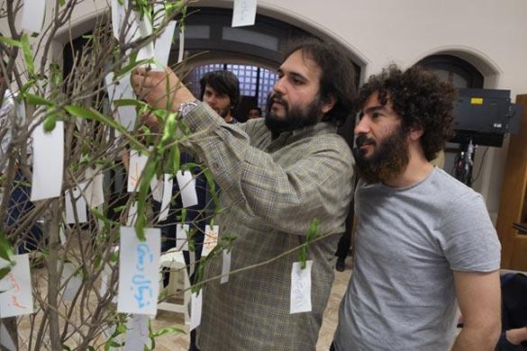نوید محمد زاده و رضا درمیشیان در پشت صحنه فیلم سینمایی
