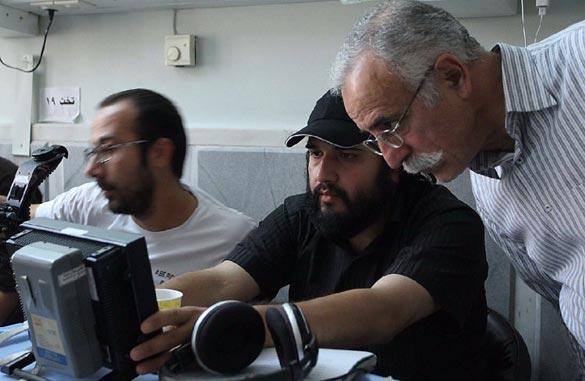 عبدالله اسکندری و رضا درمیشیان در پشت صحنه فیلم سینمایی
