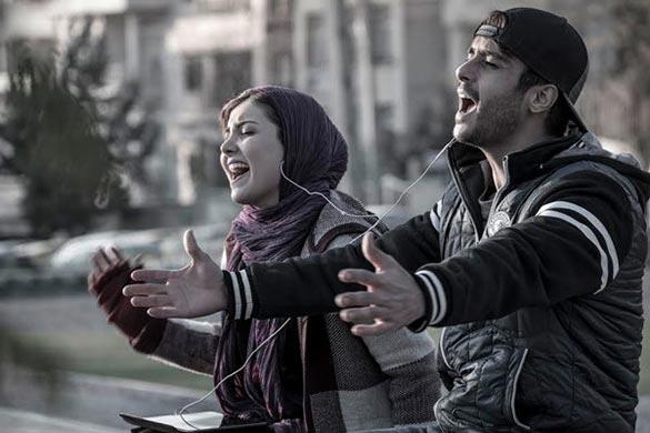 ساعد سهیلی و زیبا کرمعلی در نمایی از فیلم سینمایی