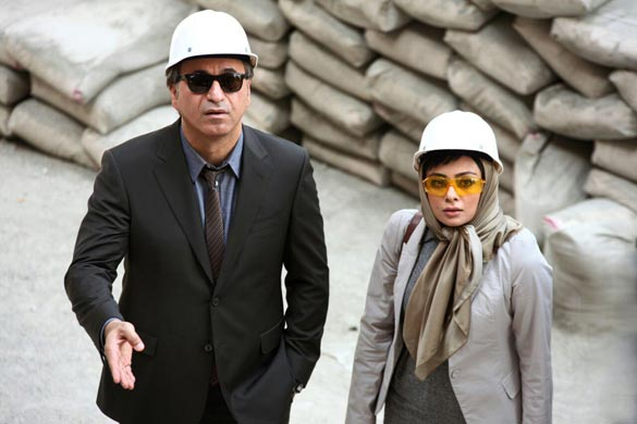 حمید فرخ نژاد و یکتا ناصر در نمایی از فیلم سینمایی
