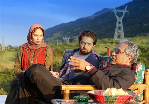 مهران مدیری ، مهناز افشار و بهرام رادان در نمایی از فیلم