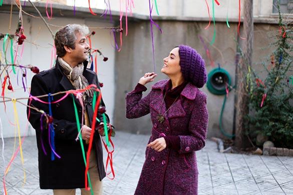 میترا حجار و حسین یاری در نمایی از فیلم سینمایی